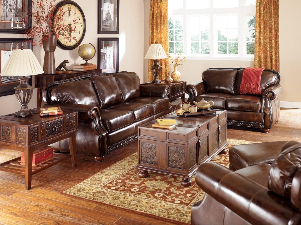 Big Sofa Vintage Look Antique Living Room Ideas With Classic Painting Scheme