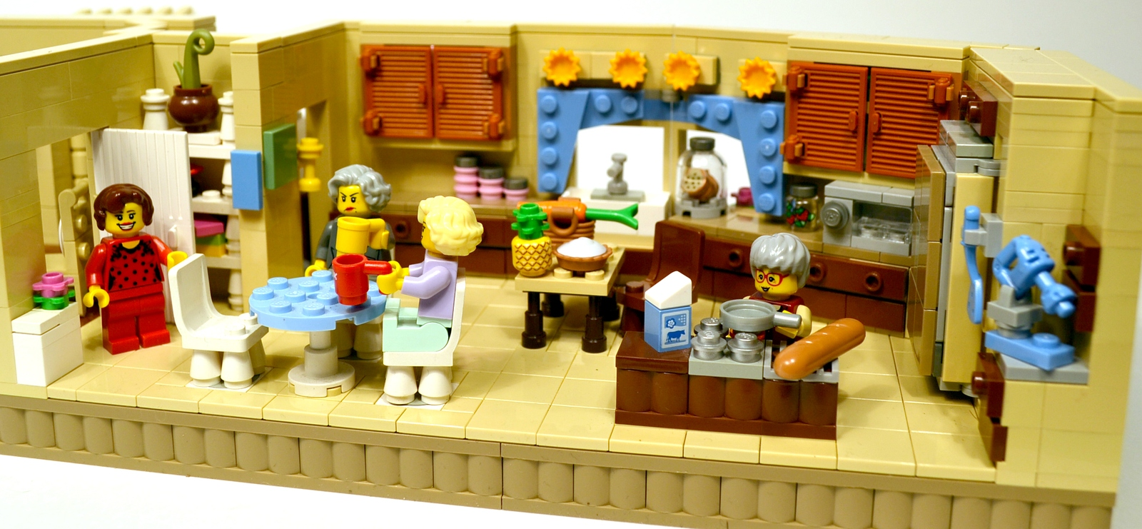 how to make a simple lego sofa circle furniture sleeper ideas product the golden girls living room and kitchen modular set with dorothy rose blanche sophia stan