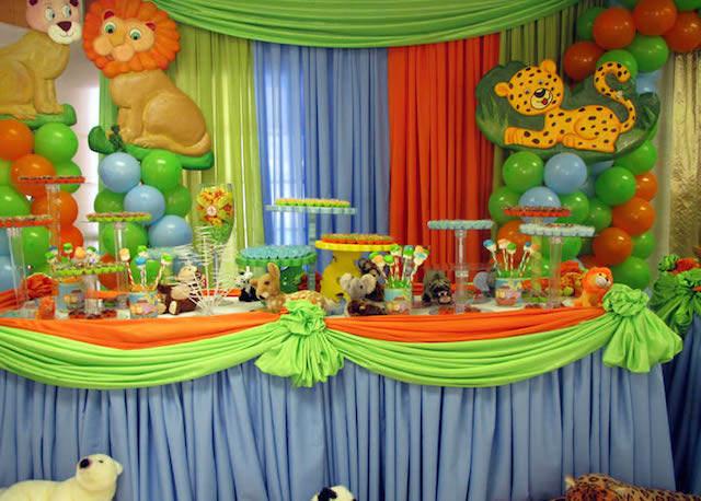 Baby Looney Tunes Baby Shower Supplies