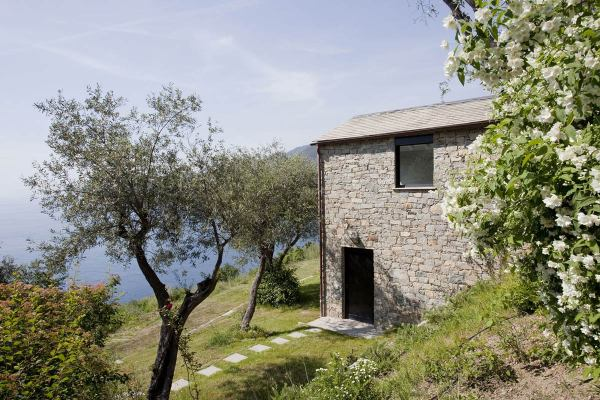 FarmhouseRestorationRiomaggioreItalySeaViews ideasgn