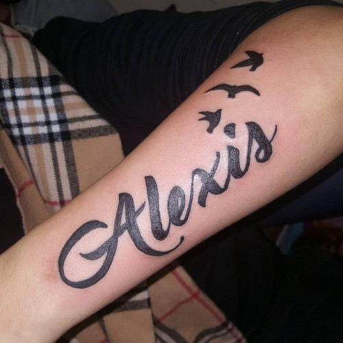 90 Tatuajes De Nombres Los Mejores Diseños Para Mujeres Y Hombres
