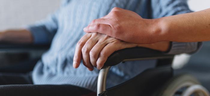 economia-cuidado-ancianos