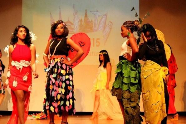 Fashion Show (2)