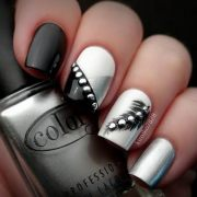 creative feather nail art design