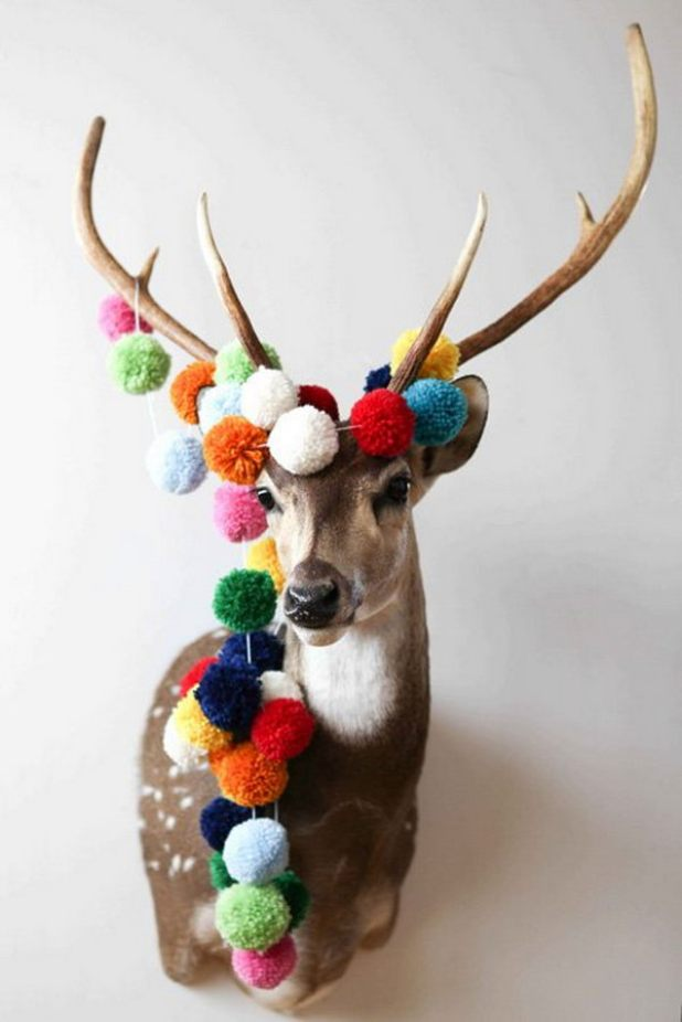 Pom pom crafts, Pom Pom String. Get the tutorial