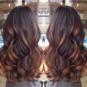 stylish highlighted hairstyles