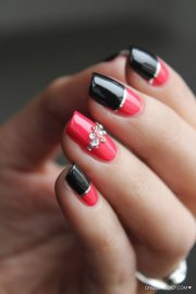 stylish red and black nail