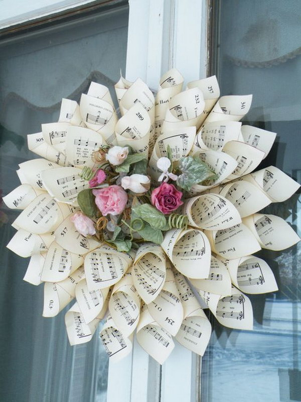 Easy to Make Romantic Sheet Music Decorating Projects DIY Vintage Decor Ideas 2017