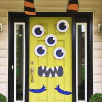 30+ Cute and Fun Halloween Door Decorating Ideas 2017