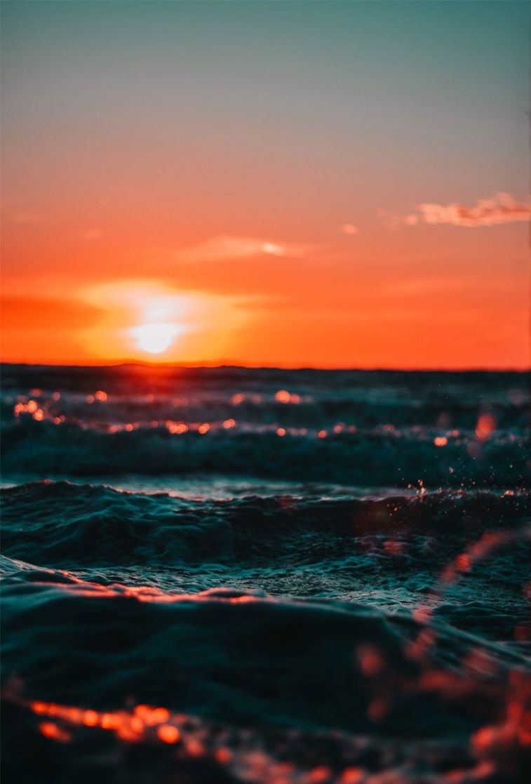 7 Beautiful and romantic sunset iphone wallpapers, sunset iphone wallpaper,sunrise iphone wallpaper #sunset #sunrise #wallpaper #iphone