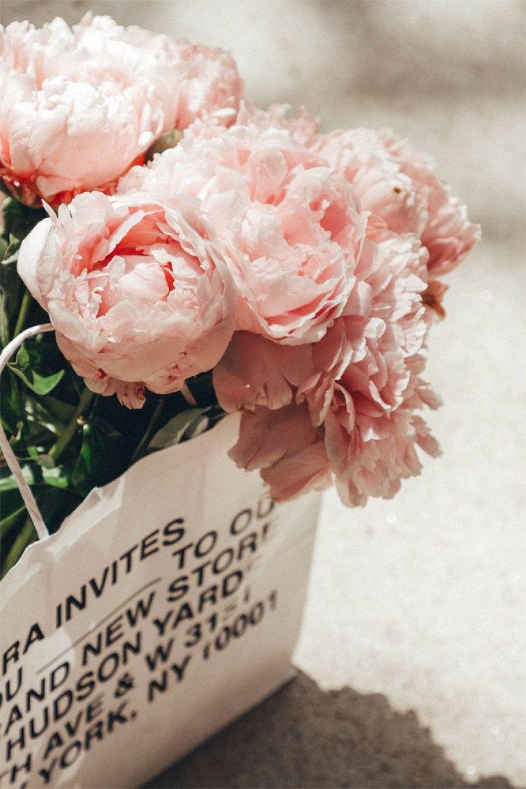 Pink peonies - pretty flowers #wallpaper #iphone