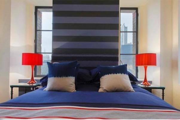 model dormitor albastru cu dungi