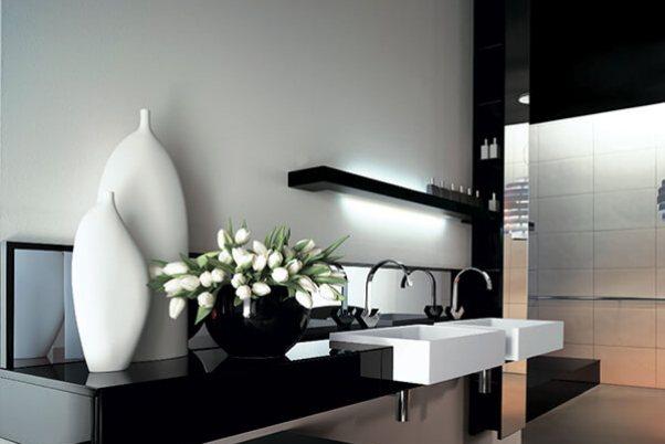 baie alb negru