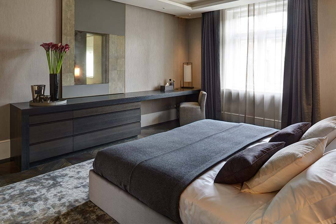 dormitor maro apartament