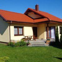 Un model de casa mica de 63 mp utili cu doua dormitoare si terasa