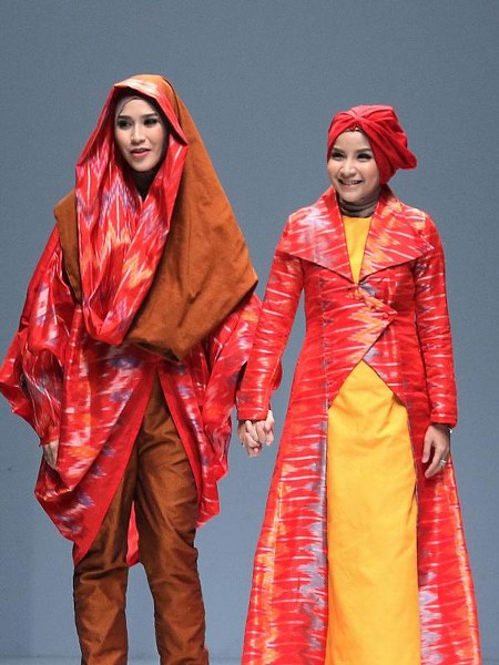 Jakarta-Fashion-Week-2016-Zaskia-Mecca