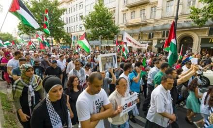 Scandaleux : Les Allemands de gauche parrainent un événement anti-IDF en Israël