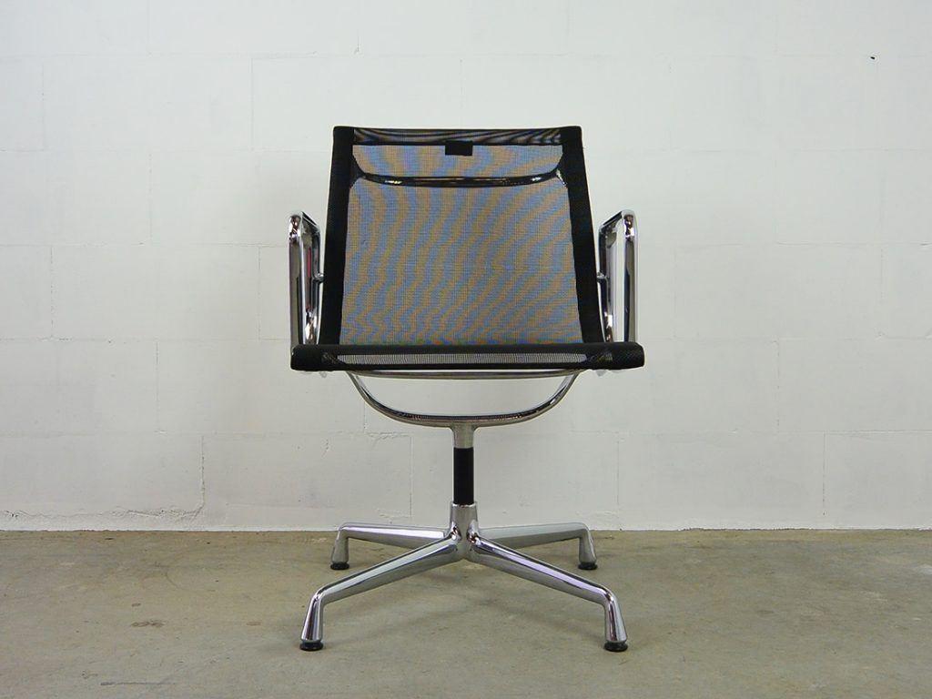 Eames Bureaustoel Tweedehands.Tweedehands Vitra Bureaustoelen