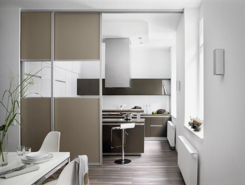 Cinque semplici e ingegnose idee. Pareti Divisorie Tra Cucina E Soggiorno Foto Suddivisione In Zone In Case Private