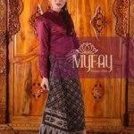 Asry Septiana, Sukses Pasarkan Bisnis Batik Tenun Dari Rumah