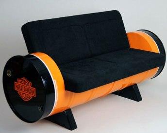 Menggotong Laba Dari Kreasi Drum Bekas Menjadi Aneka Furniture