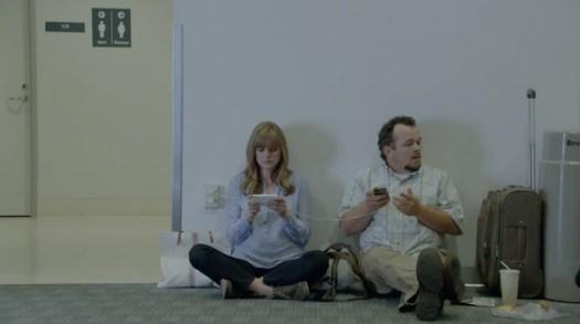 Wall Huggers Iklan Samsung buat pengguna iPhone