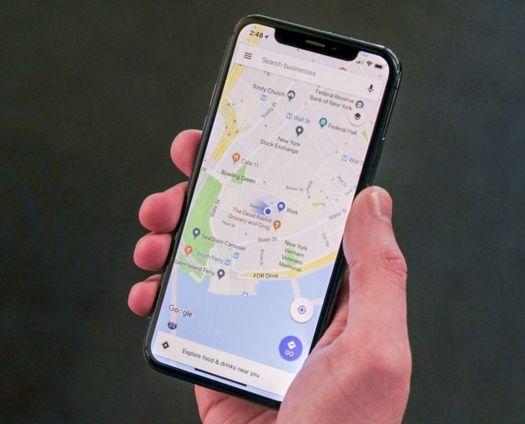 iPhone X Google Maps
