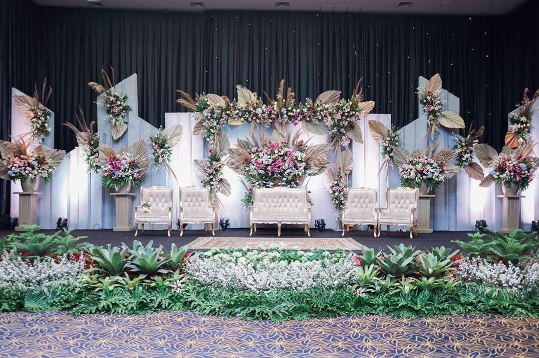 Dekorasi Pernikahan Minimalis Modern Dengan Konsep Simetri