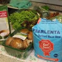 Afrikanische Cuisine : Maisbrei mit Chicken und viel Gemüse