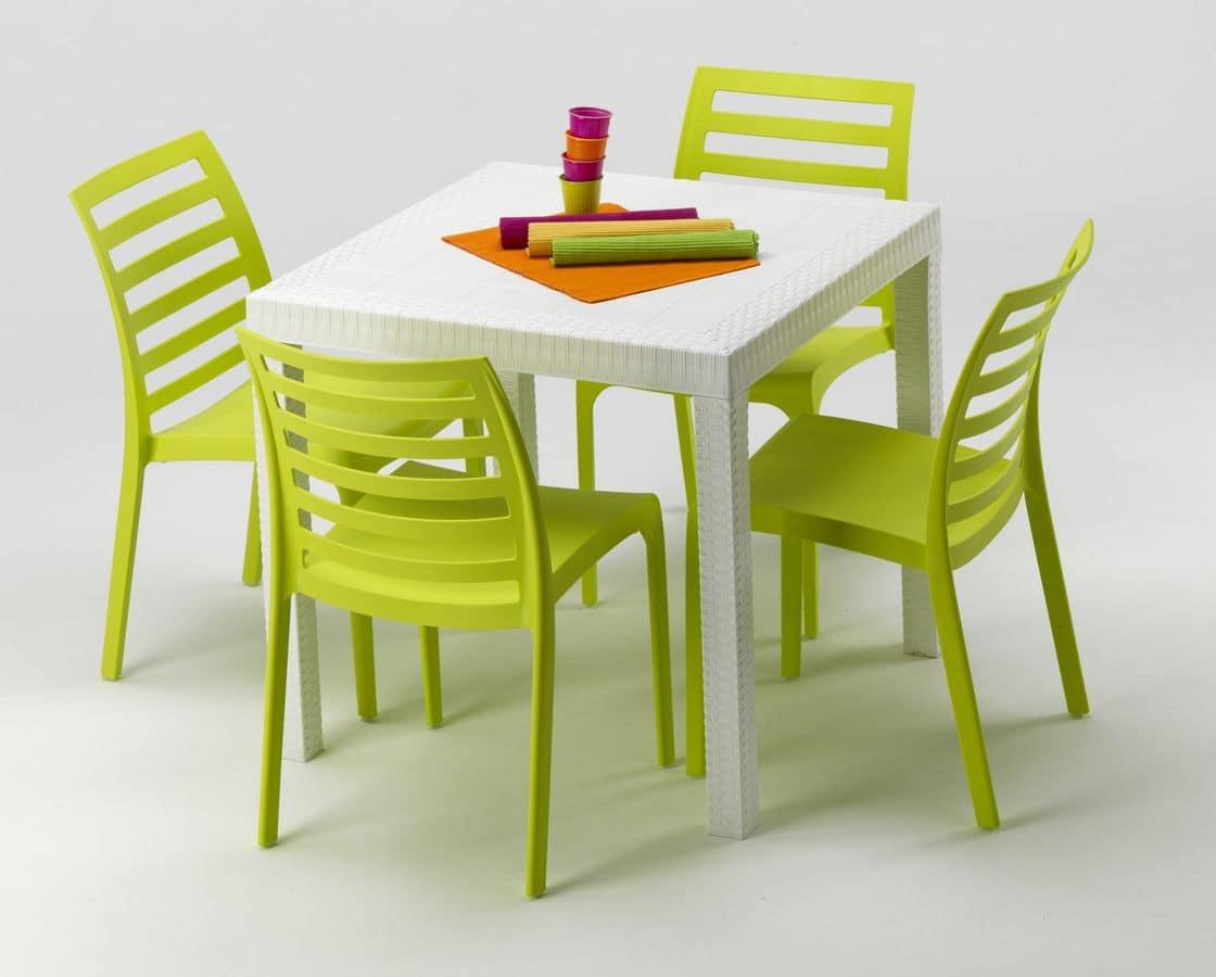 Set Tavolo E Sedie Da Giardino In Plastica.Set Da Giardino In Plastica Set Arredo Per Esterni Divano E