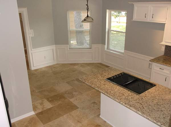 14 Breakfast nook or sole dining area depending on your needs has great ambience