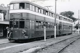 Mumbles train at Blackpill