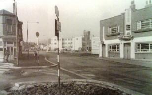 Terminus Pub near the bottom of Rutland Street and Fisher Street (Princess way) in 1954