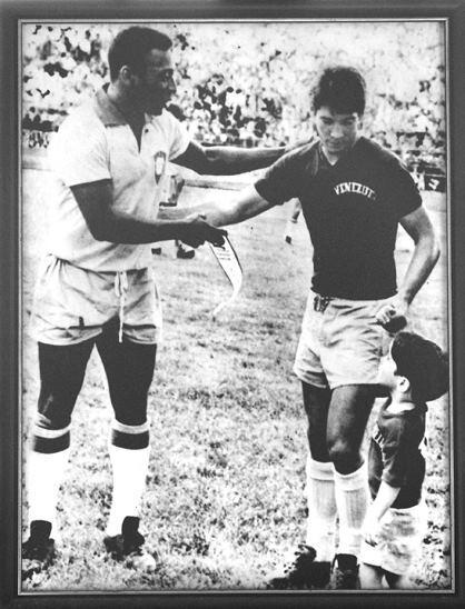 Pelé y Luis Mendoza. Foto de Javier Minniti.