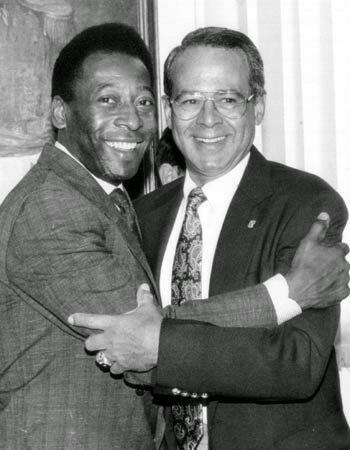Pelé y Luis Aparicio. Foto de Cadena Capriles.