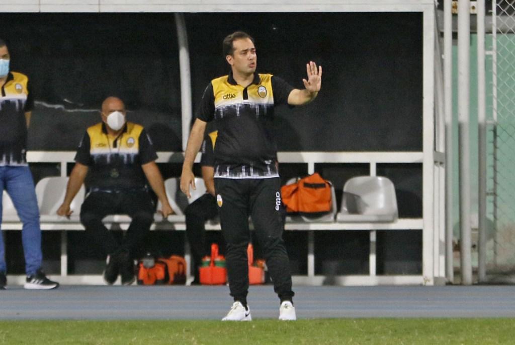 Juan Domingo Tolisano, DT de Deportivo Táchira.