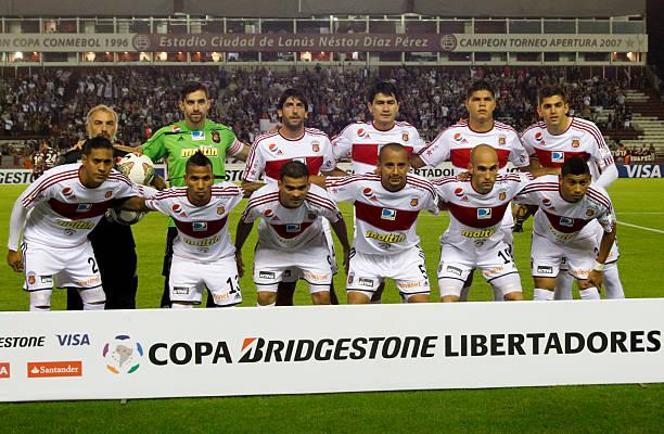 Caracas FC contra Lanús.