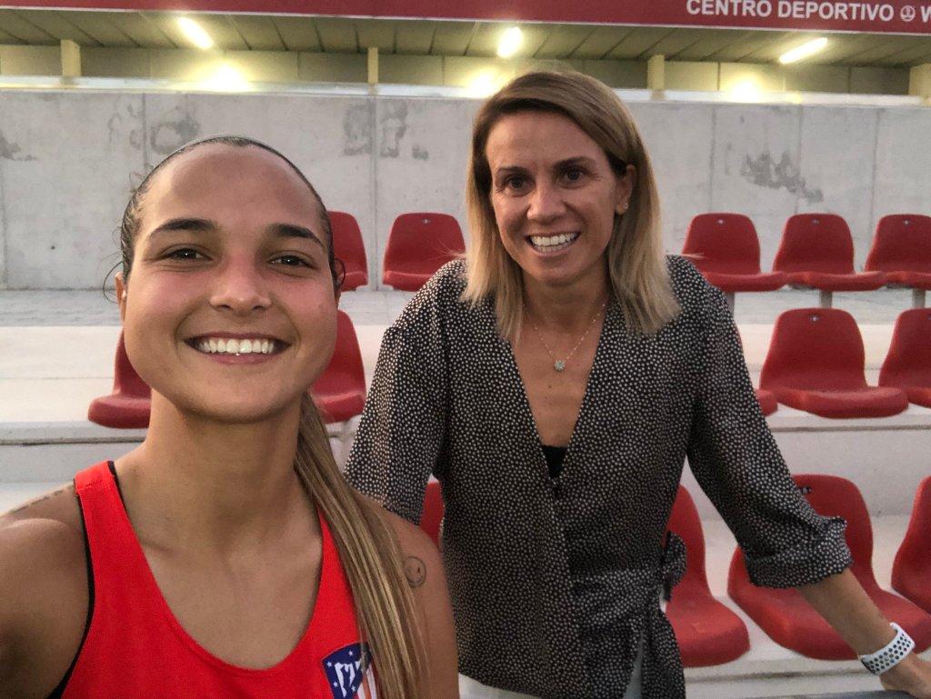 Pamela Conti y Deyna Castellanos.