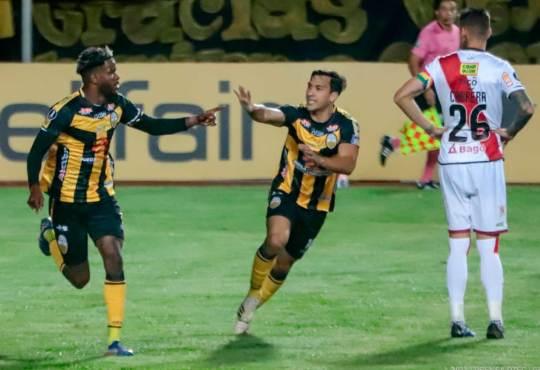 Deportivo Táchira goleó 7-2 a Always Ready de Bolivia