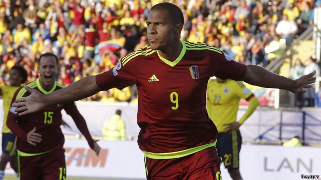 Salomón Rondón en el más reciente Venezuela - Colombia por Copa América