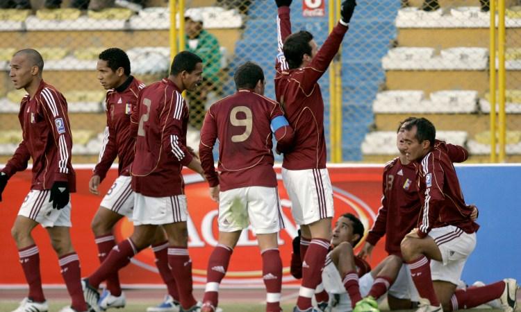 Venezuela celebra el gol de la victoria 0-1 ante Bolivia