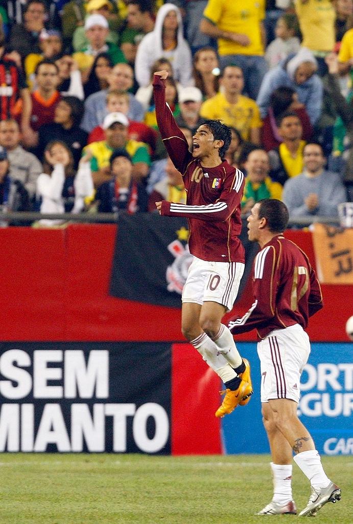 Ronald Vargas ante Brasil