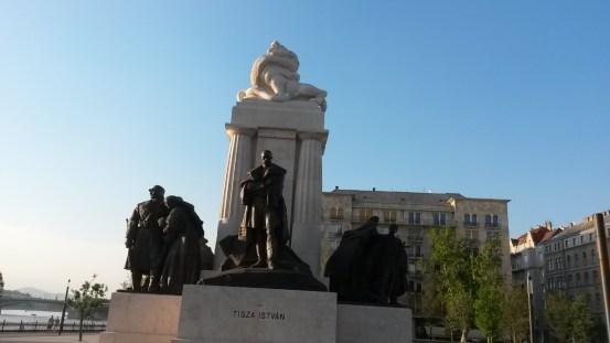 20160712_191240_Kossuth Lajos tér