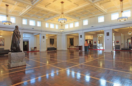 Kings Hall, OPH
