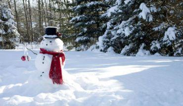 Έρχεται χειμώνας. Πρωτοχρονιά με χιόνια και κρύο