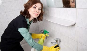 Tips για να καθαρίσετε εύκολα το μπάνιο σας