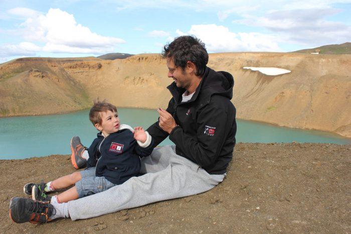O περήφανος Έλληνας μπαμπάς που θέλει να γυρίσει όλο τον κόσμο με τον γιο του. 5
