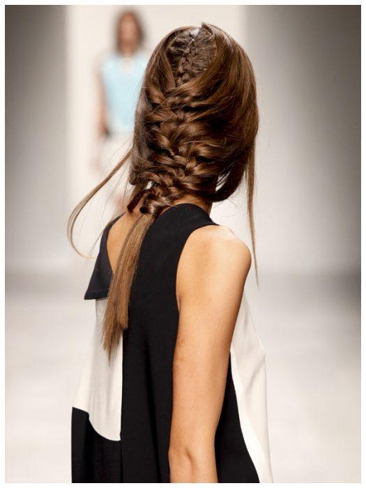 Χειμωνιάτικα χτενίσματα με πλεξούδες για όλα τα μήκη μαλλιών! 5