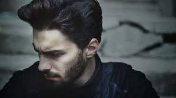 gaya rambut pria pompadour