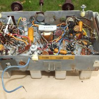 zenith-radio-chassis-underneath